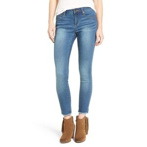 26 NWT Articles of Society Carly Skinny Crop Jeans